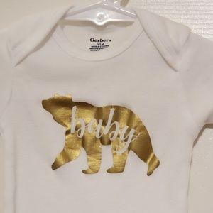 Gerber One Pieces - NWOT Baby Bear Bodysuit Sz 0-3 month